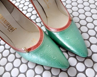 1950s Leather Pumps - bombshell high heels - nos pink and green stilettos