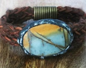Leather bracelet with buffalo yarn and Jasper Stone