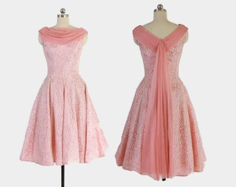 Vintage 50s Party DRESS / 1950s Pink & White LACE Full Skirt Dress XS - S