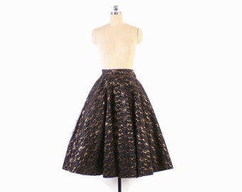 Vintage 50s CIRCLE SKIRT / 1950s Black & Metallic Gold LACE Full Skirt Xs - S