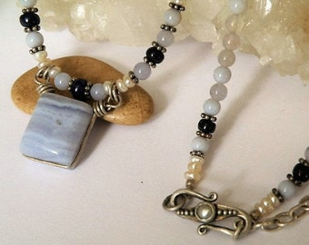 Blue Lace Agate short gemstone necklace - small beads - Sterling silver - wire wrapped - Sapphires - Freshwater Pearls - Square stone