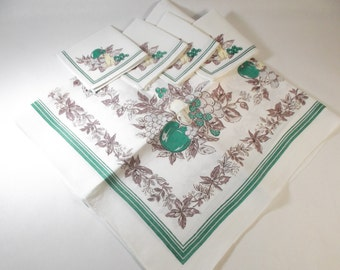 Vintage Tablecloth And 4 Napkins 1950u0027s 100% Linen Fruit And Vegetable  Design Luncheon Size Tablecloth