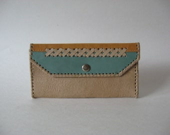 Lovely vintage leather wallet  pocketbook textured souvenir woven lattice pattern snap flap coin purse blue buff yellow