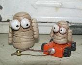 Halloween folk art set of two MINI MUMMYS Janell Berryman Pumpkinseeds