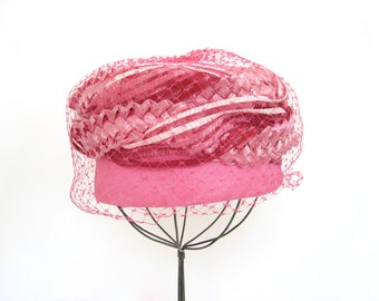 Vintage Straw Hat Pink Woven Fabric Ribbon Netting Pill Box Veil UNHA Union Made In USA Halloween Photo Prop