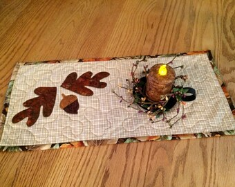 Mini Seasonal Quilt / Appliqued Oak Leaves and Acorn / 9 x 19- MW