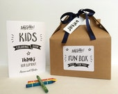 Personalized children Activity box / Wedding reception kids table / Wedding coloring book / kids activity book with crayons - Set of 6