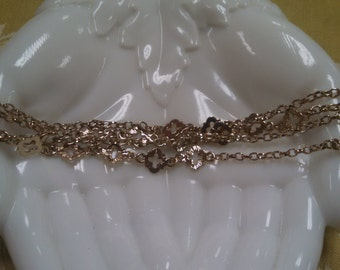 Costume Necklace in Gold Tone
