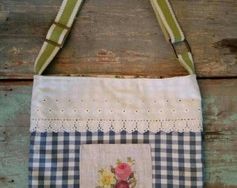 Market tote,gingham and roses purse.