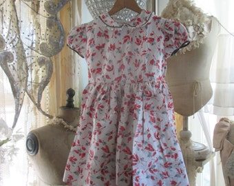 Darling Little Girl Dress Printed Deco Red Berries Petticoat Under A39