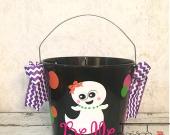 Personalized Metal Ghost Trick or Treat Bucket, Halloween Bucket, Halloween Pail, Trick or Treat, Halloween, Candy Bucket, Halloween bag
