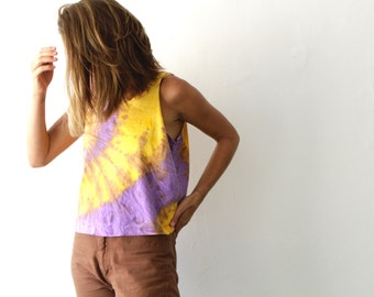 90s bright TIE DYE RADICAL slouchy crop top vintage tank top t-shirt