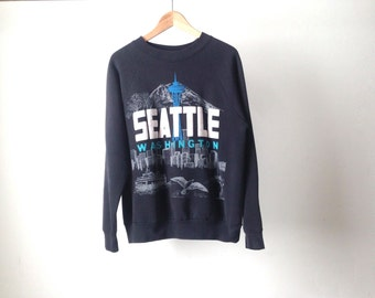 SEATTLE washington oversize BLACK vintage seattle SPACE needle mount rainier pike place market sweatshirt