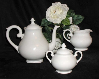 White VA Vista Alegre of Portugal Teapot, Covered Sugar & Creamer