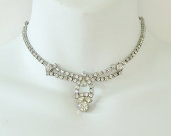 Vintage 50s Silvertone Prong Set Clear Crystal Rhinestone Silver Tone Wedding Bridal Mid Century Hollywood Regency SHORT Bib Necklace