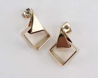 Vintage 1978 Signed Avon Fashion Touch Polished Glossy Gold Tone Geometric Square Triangle Pierced Earrings in Original Box with PATINA
