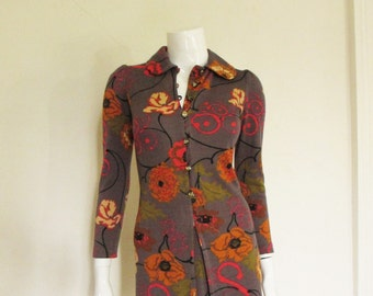 60's Vintage Psychedelic Floral Mini Dress art buttons sm