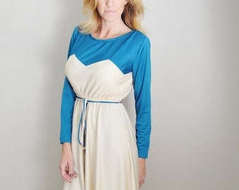 Vintage 70s Turquoise and Ivory Chevron Dress // womens small/ medium- size 4/6- New Old Stock