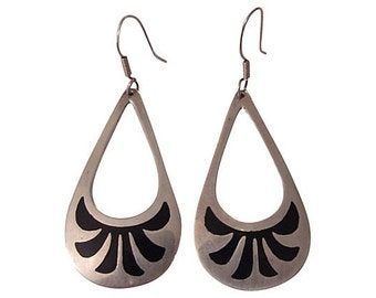 Black Teardrop Southwest Native American Sterling Silver Earrings