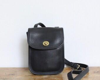 Vintage Coach Bag // Crossbody Sidepack Bag in Black // Mini Messenger Bag 9978