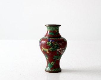 SALE vintage Chinese cloisonné vase, small red floral vase