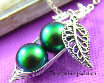 Pea pod necklace, Peas in a pod, two peas in a pod, friendship necklace, best friends