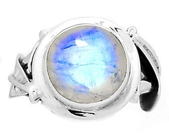 Very Beautiful Delicate Rainbow  Moonstone Ring, Size 9, 925 Silver