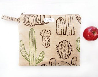 EX-LARGE Zippered Wet Bag / Nappy Wallet / Diaper Case with an Optional Tab - Cactus (Khaki / Beige)