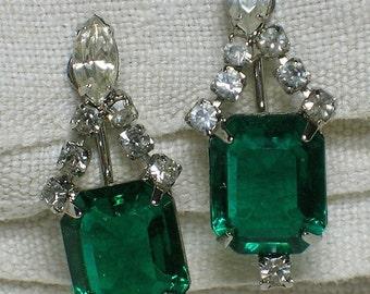 Rhinestone Earrings, Emerald Green & Diamante. Regal Mid Century Bling!