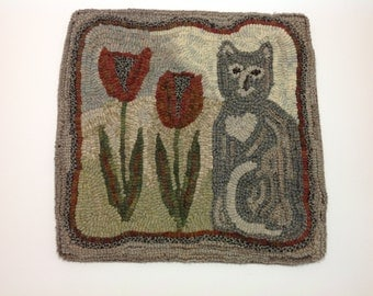 "Rug Hooking PATTERN, Tulip the Cat, 14"" x 14"",P105"