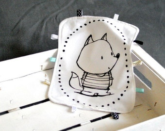 Lovey with fox Baby Taggy Taggie blanket Baby comforter Comfort blanket Sleep cloth  White black Scandinavian style Monochrome