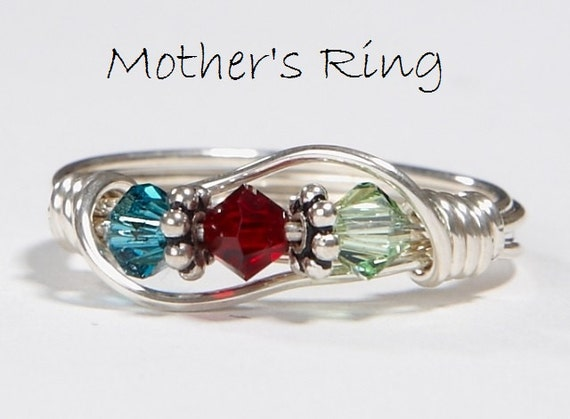 3 stone mother 39 s birthstone ring personalized sterling. Black Bedroom Furniture Sets. Home Design Ideas