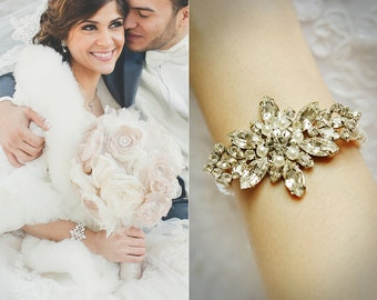 Weddings Bridal Bracelet, Crystal Rhinestone Leaf Bridal Bracelet, Swarovski Pearl Bracelet, Vintage Style Art Deco Bridal Jewelry, GISELLE