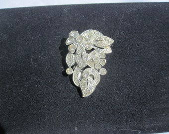 Rhinestone Dress Clip with Flowers