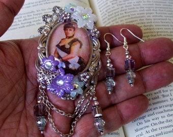Queen Liliuokalani Tribute Set (S620) Hawaiian Monarchy, Brooch and Dangle Earrings, Crystal, Resin Flowers, Silver Framework