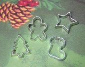 miniature cookie cutters 4pcs plastic flat back cabochons holiday gingerbread man stocking star tree mini Christmas cookies 1:6 scale charms