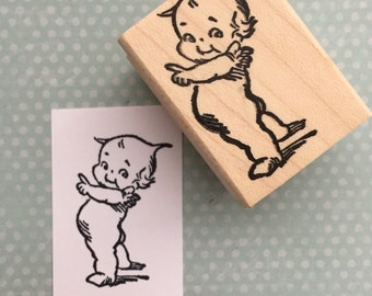 Tiny Pointing Kewpie Doll Mounted Rubber Stamp738