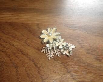 vintage pin brooch enamel metal flowers rhinestones