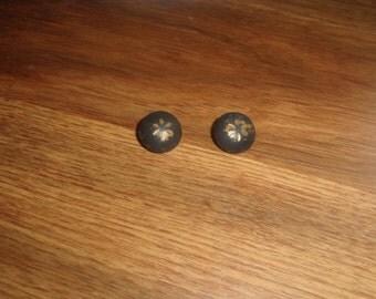 vintage clip on earrings goldtone black enamel flowers