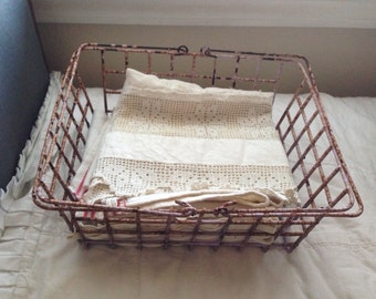 Vintage Chippy Wire Double Handle Shopping Basket