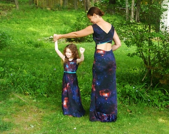 Mommy and Me Galaxy Dresses: Matching mommy daughter, mommy and me maxi dress, Star Wars Dress, Star Darlings Dress, backless dress, maxi