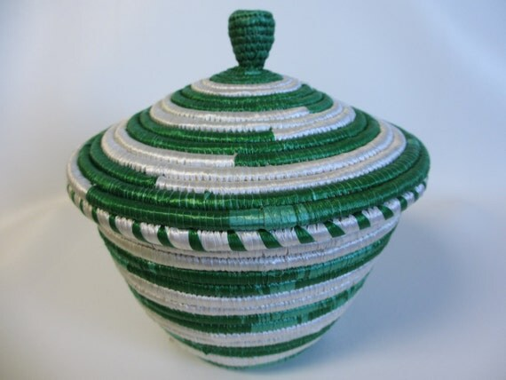 large african woven basket with lid green and white spartan. Black Bedroom Furniture Sets. Home Design Ideas