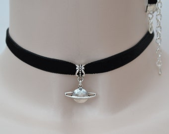 SATURN PLANET Charm 10mm BLACK Velvet Ribbon Choker - ik.. or choose another colour velvet, handmade to size :)