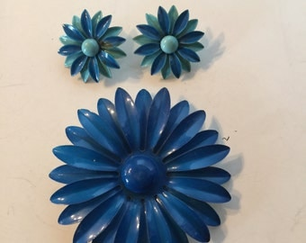 Enamel Flower Brooch and Earrings Retro Vintage Lot 1098
