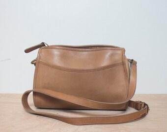 Zip Top Brown Leather COACH Shoulder Bag Purse