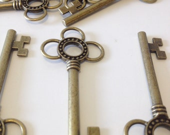 Large Skeleton Keys - 10 x Antique Bronze/Brass Skeleton Key Charms Large Key Set Bronze Santa Keys Jewelry Making Key Charms Key Pendants