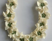 Gardenia Flower Good Luck Button Wedding Horseshoe in Ivory and Green