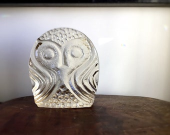Mid Century Modern Solid Glass Owl Sculpture