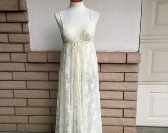 Vintage Ecru Lace Nightgown & Robe Bridal Peignoir Set w/Angel Sleeves by Glydons