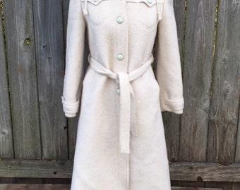 Beautiful Vintage Wool Coat